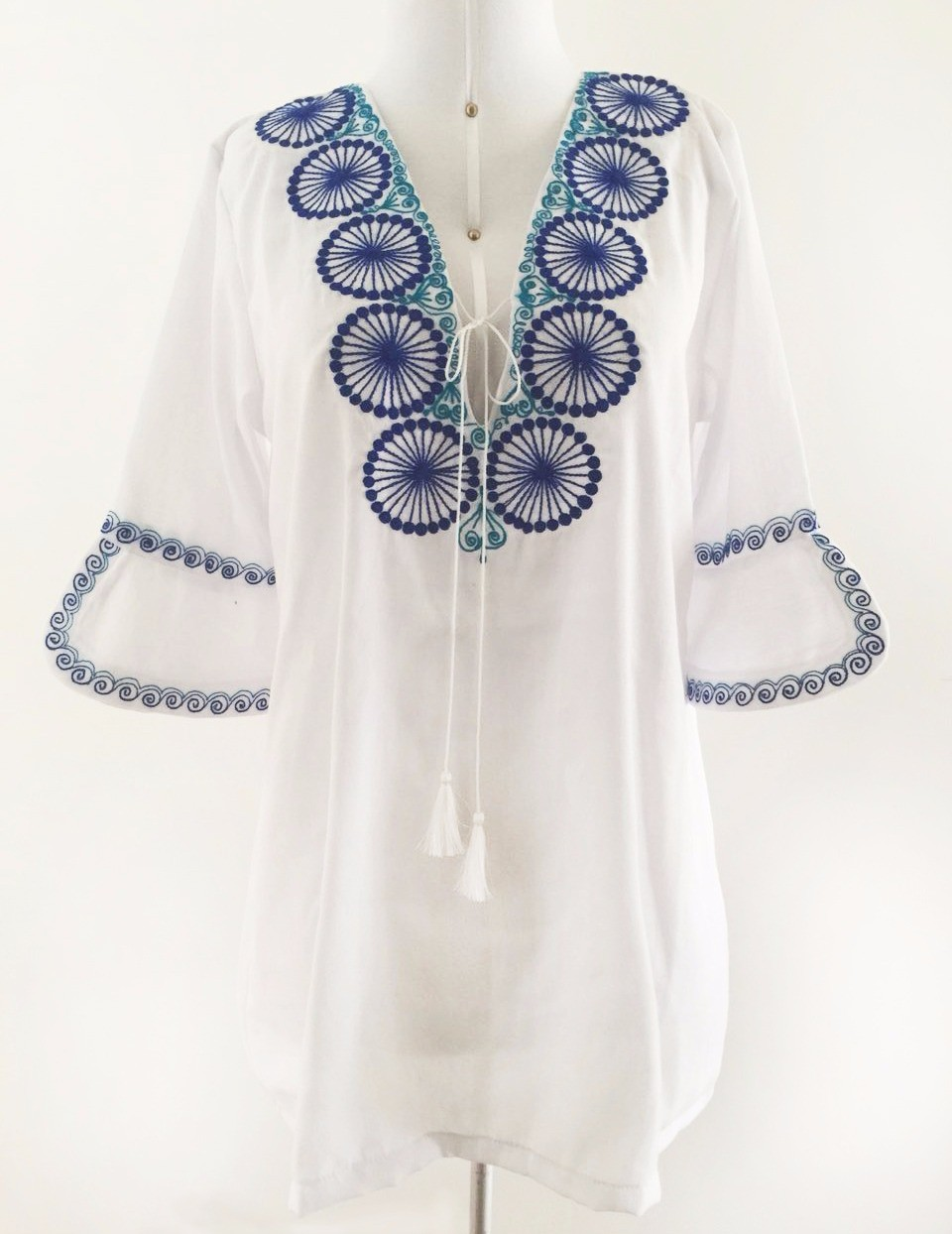 Chumbivilcas andean cover up, Size L