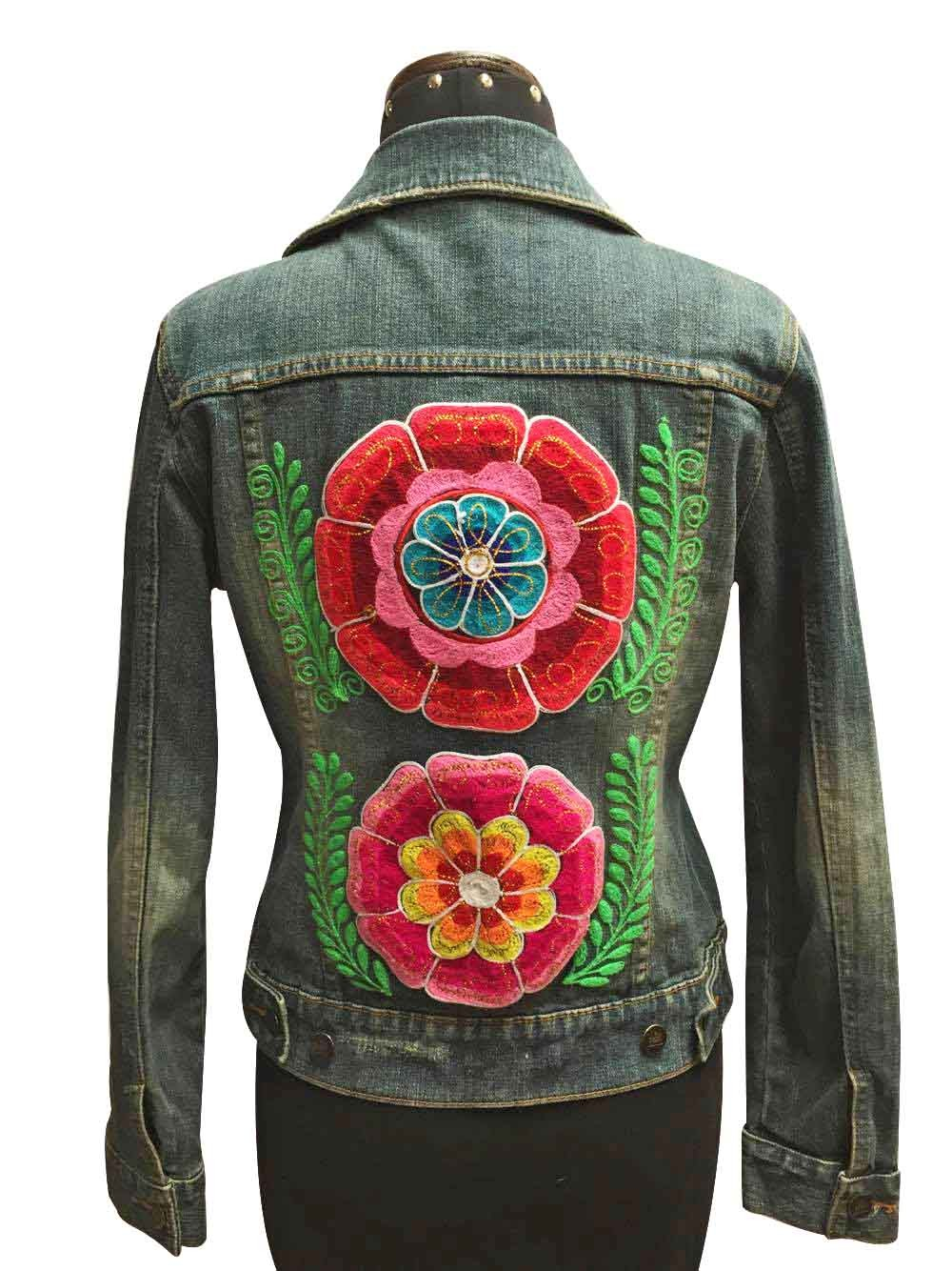 Embroidered jean jacket, flowers - Size M