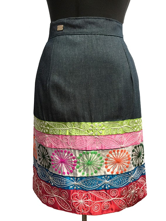Cheq´a Skirt - Size L