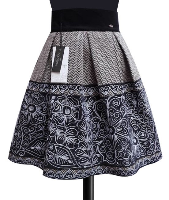 Chumbivilcas andean skirt, Size M
